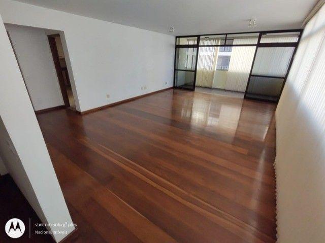 Excelente apartamento à venda no Edifício Imperial ? Portaria 24h!!