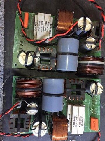 Dois divisores de frequência 800w para dois falantes de 15 e driver