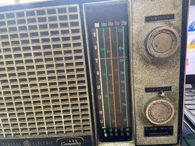 Antigo rádio general elétrica anos 60 - Foto 3