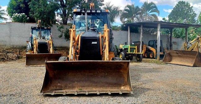 Retro escavadeira Case 580M 4X4 - Foto 4