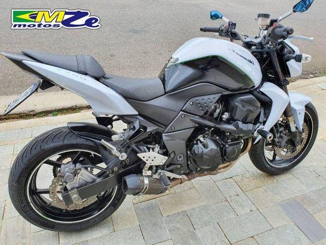 Kawasaki Z 750 2010 Branca com 64.000 km - Foto 10