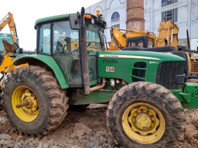Trator Agricola John Deere 6145j 4x4 2014 .