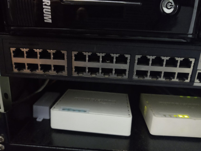 SWITCH HP GERENCIÁVEL HPV1905-24
