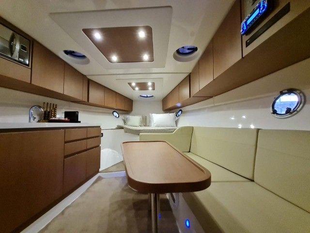 Lancha Phantom 37,5 Hard top , ano 2018, barco impecável.