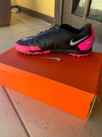 Chuteira Nike Phantom - Foto 2