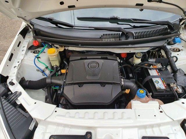 Grand Siena 1.6 16 V completo pneus novos oportunidade  - Foto 7