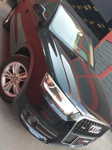 Audi Q3 2.0 TFSi  Attraction  2013  - Foto 3