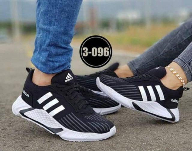 Tênis masculino Adidas - Foto 2