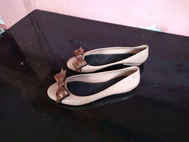 4 pares de calçados número 39.  - Foto 3