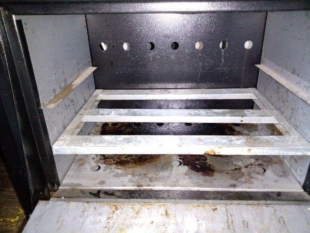 Fogão 6 bocas industrial com forno - Foto 3