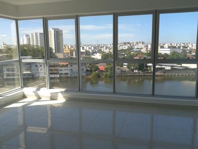 Sala já alugada com vista espetacular, 36m² no Impacto Empresarial na Reta da Penha!