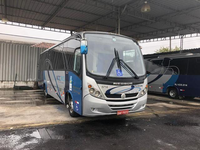 Micro-ônibus Neobus com WC - ano 2013