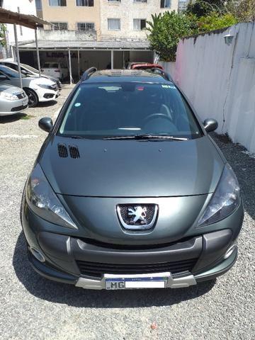 Peugeot 207 SW Escapade - 1.6 - 16 V - Flex - 2010 - Foto 2