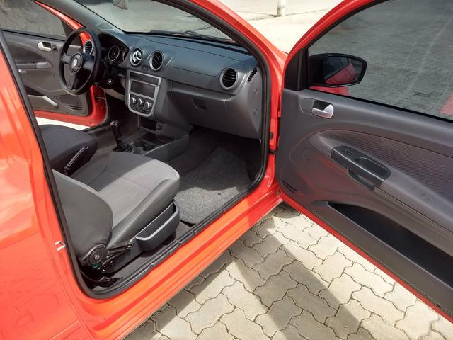 VW Saveiro 1.6 trend CS ano 2013 - Foto 10
