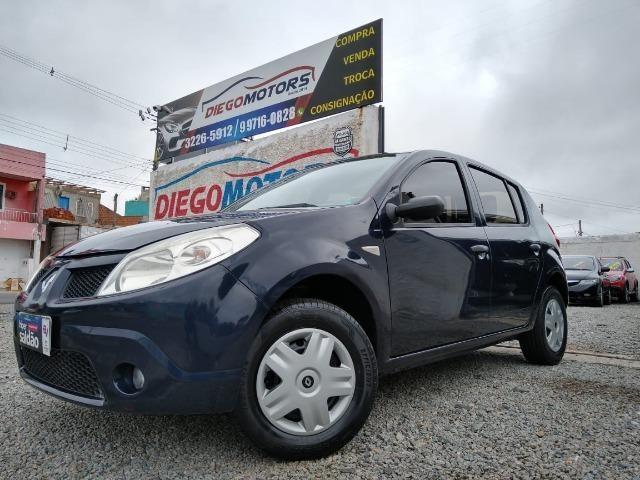 Renault sandero 2009 com parcelas de 599 mensais financio e aceito trocas