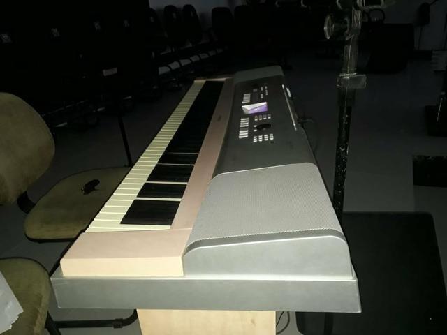 Piano super conservado .dgx 620 - Foto 3