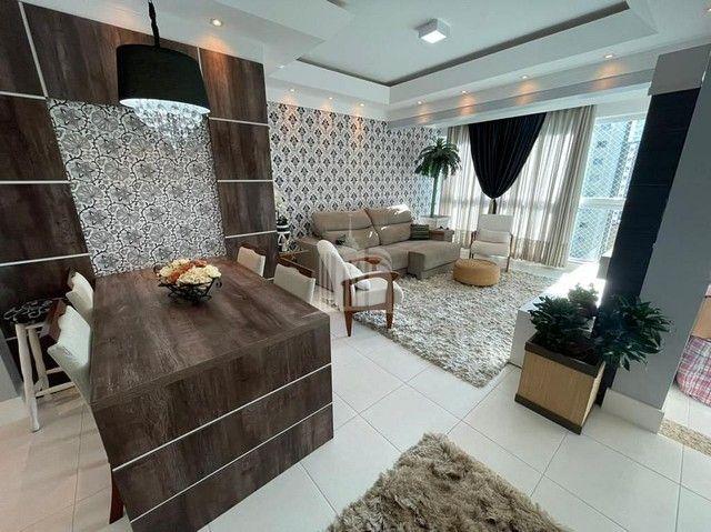 Apartamento Decorado com 03 Dormitórios a 250 metros do Mar - Foto 7