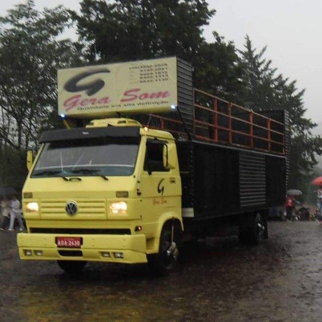 Vende-se caminhão VW 7100 trio elétrico - Foto 8