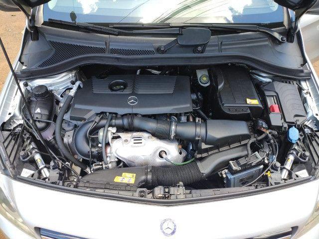 Mercedez B200CGI turbo 2013