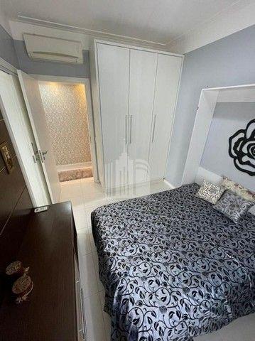 Apartamento Decorado com 03 Dormitórios a 250 metros do Mar - Foto 16