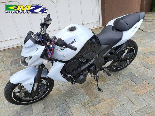 Kawasaki Z 750 2010 Branca com 64.000 km - Foto 5