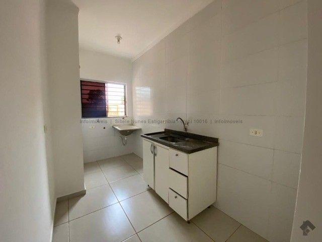 Apartamento térreo no bairro Nova Lima - Foto 2