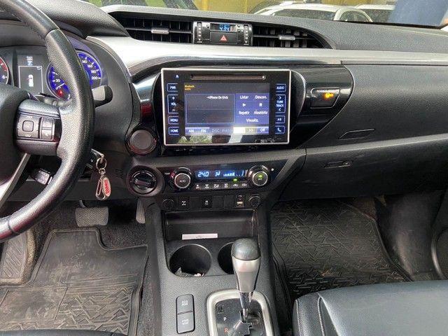 Toyota Hilux SRV 2017 - Foto 13