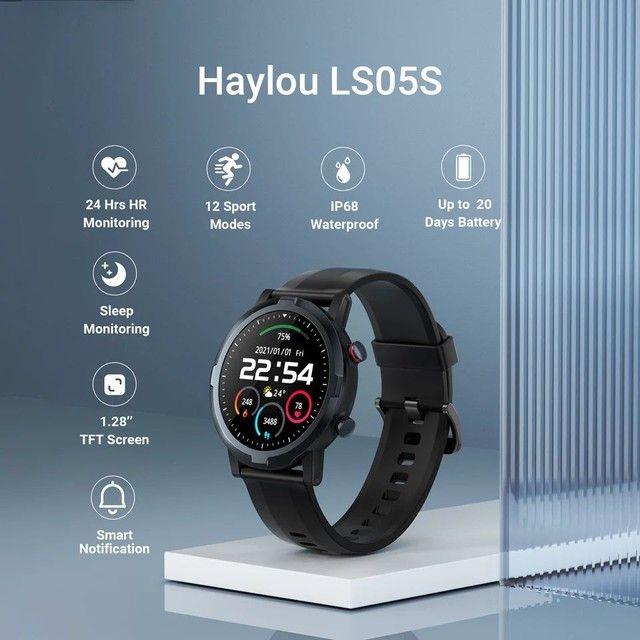 Smartwatch Haylou Solar RT LS05s.