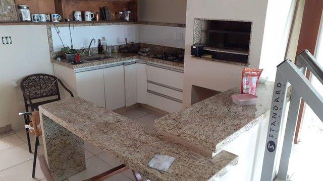 Casa em condomínio. 5 quartos, 3 suítes sendo 1 master com hidro. Lote 1000 m2. Lagoa Sant - Foto 9