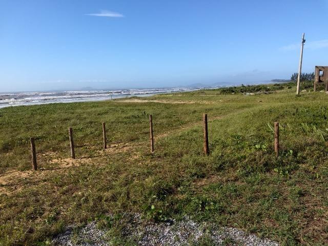 LCód: 016 Terreno no Condomínio Verão Vermelho em Unamar- Tamoios-Cabo Frio - Foto 2
