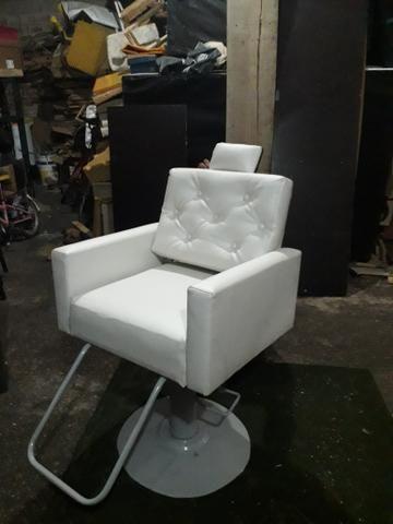 Reformamos e construímos cadeiras de salão - Foto 2