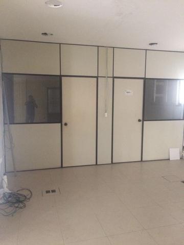 Divisorias eucatex com vidro - Foto 6
