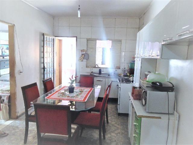 Casa 3 quartos um com suite, 3° rua atras da feira do produtor, 200 metros da upa - Foto 3