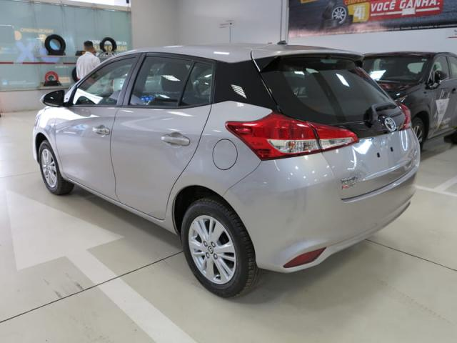 TOYOTA YARIS HATCH XL PLUS AT 19/20 - Foto 6