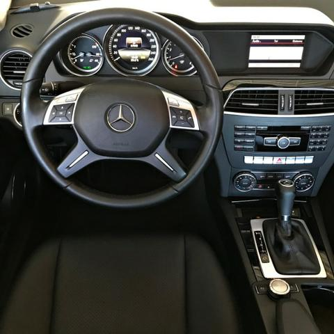 Mercedes Benz C180 Sport Turbo 1.6. Branco 2013/2014 - Foto 12