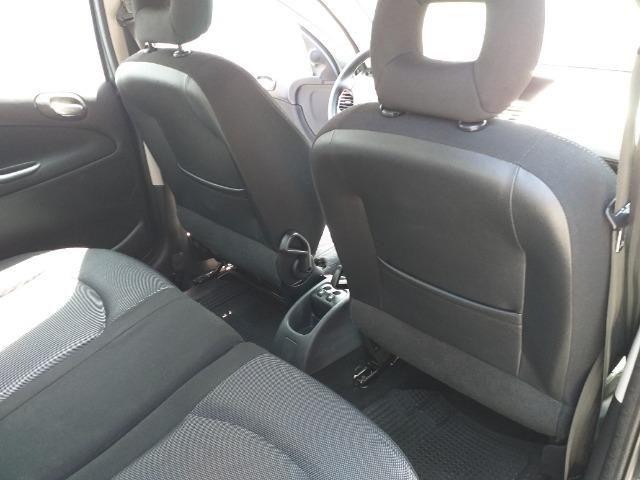 Peugeot 207 SW Escapade - 1.6 - 16 V - Flex - 2010 - Foto 11