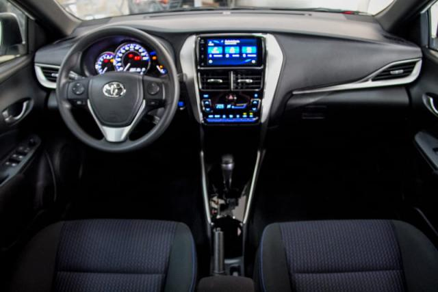 TOYOTA YARIS HATCH XL PLUS AT 19/20 - Foto 15