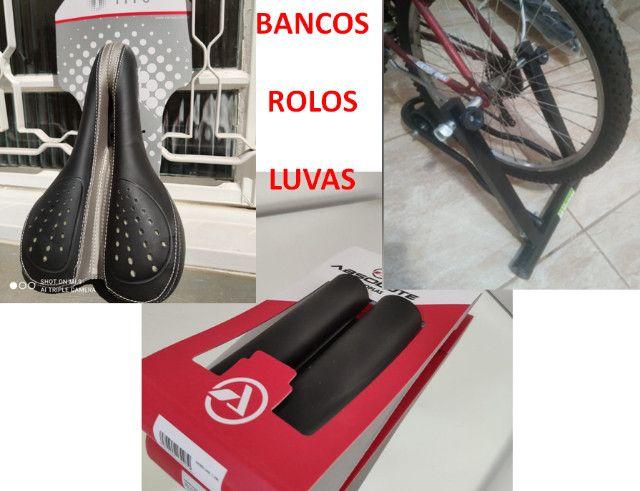 Bicicleta Acessórios, Banco, Roupas, Óculos, Transbike Engate e Porta Malas - Foto 3
