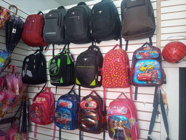 Bolsas é mochilas - Foto 6