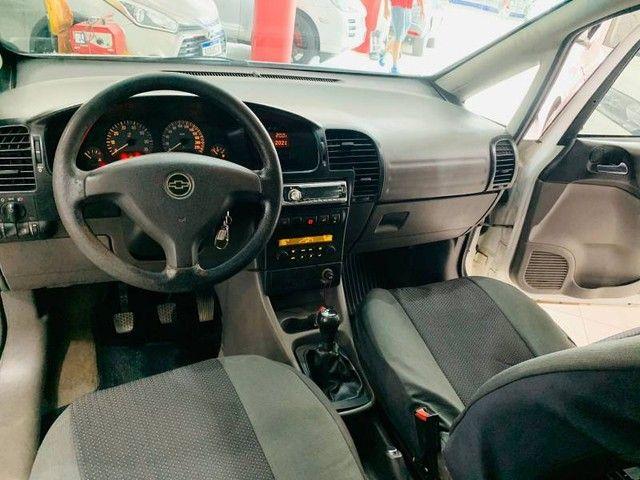 Chevrolet Zafira Comfort 2.0 8V - Foto 6