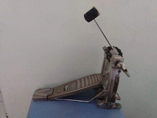 Pedal simples para bateria marca Tagima