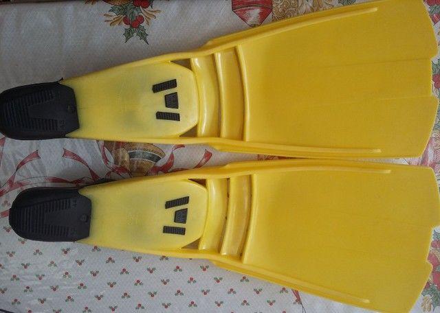 Nadadeiras pé de pato - Foto 2