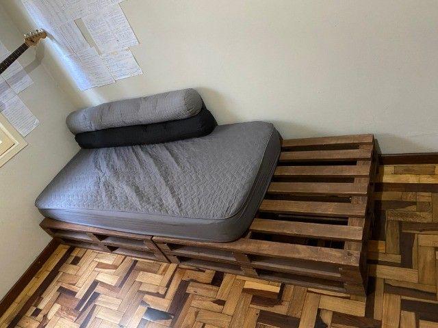 4 pallets + colchão de solteiro (Herval Cannes D33) em perfeito estado - Foto 2