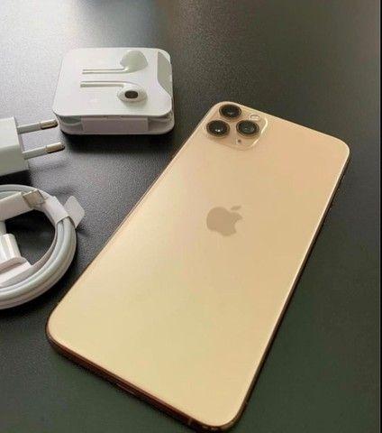 iPhone 11 Pro Max 64gb Dourado
