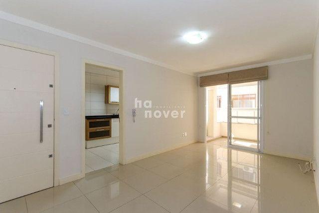 Apartamento 2 Dormitórios, Elevador, Garagem - N. S. Lourdes, Santa Maria - Foto 4