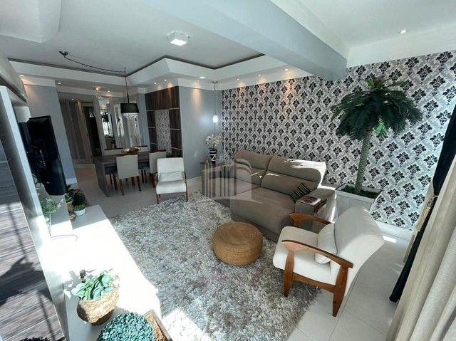 Apartamento Decorado com 03 Dormitórios a 250 metros do Mar - Foto 3