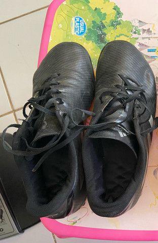 Chuteira society adidas artilheira N 42 - Foto 2
