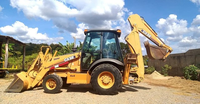 Retro escavadeira Case 580M 4X4