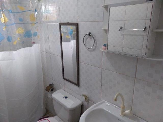 Casa Angra a 20 metros da praia- 02 quartos - Foto 4