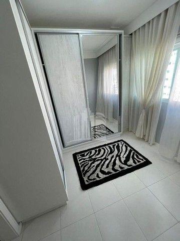 Apartamento Decorado com 03 Dormitórios a 250 metros do Mar - Foto 17
